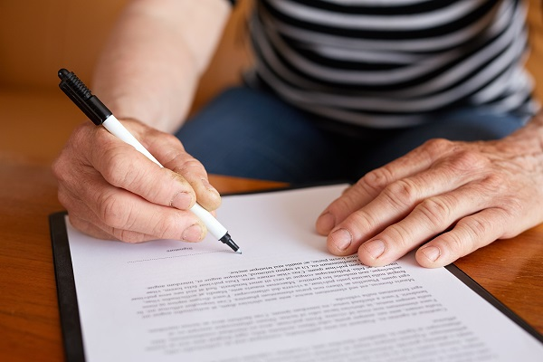 Competency: How to Know When Someone Is Capable of Signing a Will